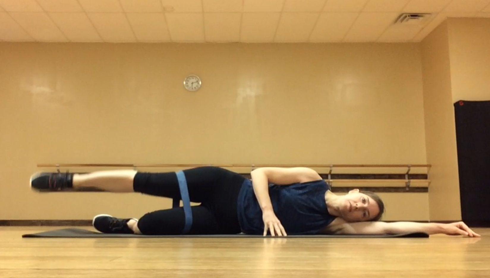 mini band leg raise