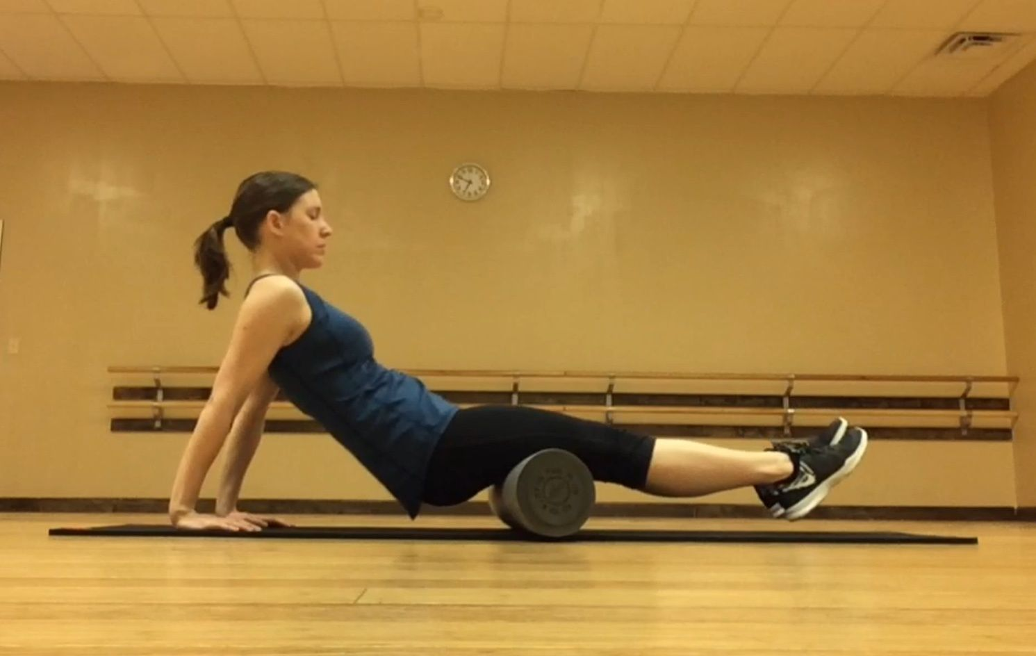 Stretching vs  Foam Rolling: What is The Difference and